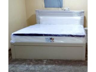جديد :سرير حجم كنق مع مرتبة