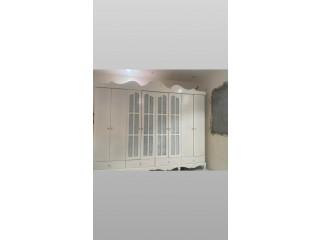 للدهان الغرف والابواب