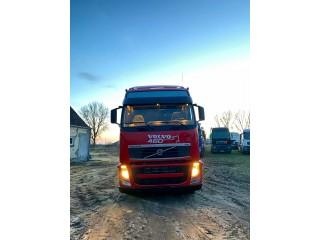 هل تبحث عن شاحنة فولفو موديل 2012 بحالة نظيفة وسعر مناسب ؟